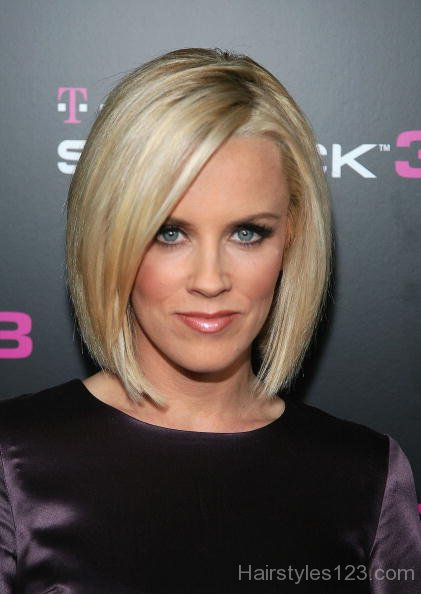 Lovable Bob Hairstyle For Long Face